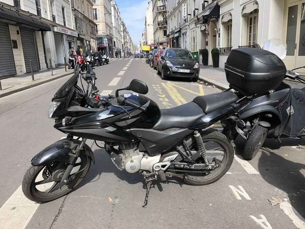 Moto 125 occasion paruvendu