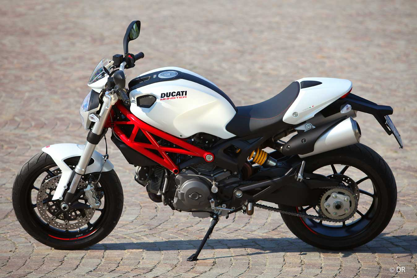Moto occasion ducati monster 696
